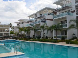 Costa Hermosa 2BR, 2BA third floor Designer Deco! - Bavaro vacation rentals