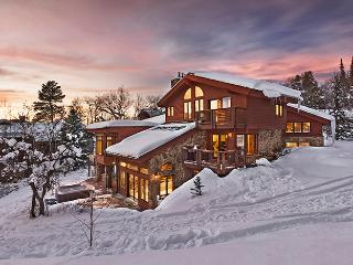 Trails Edge Lodge - All New! - Ski-in Ski-out - Steamboat Springs vacation rentals