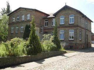 Vacation Apartment in Schwerin - 538 sqft, central, elegant, comfortable (# 9156) - Schwerin vacation rentals