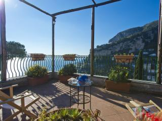 Lovely 1 bedroom Pogerola Apartment with Television - Pogerola vacation rentals