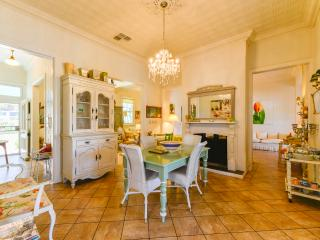 Charming magnolia cottage free wifi  pet friendly - Tamworth vacation rentals
