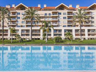 Nice Condo with Internet Access and Washing Machine - Cascais vacation rentals