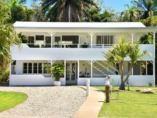 Jamaica Beach House In Port Douglas - Port Douglas vacation rentals
