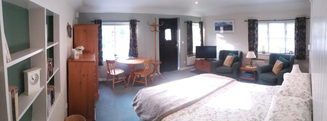 Charming 1 bedroom Lodge in Midhurst with Internet Access - Midhurst vacation rentals