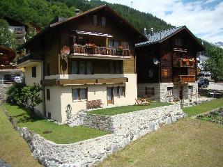 """Ferienwohnung """"Haus zur Post"""" - Kippel vacation rentals"""