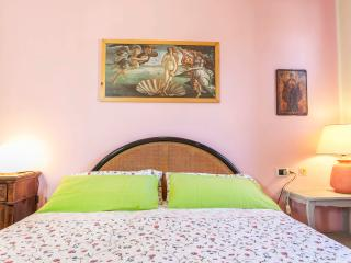 NIDO - Subbiano vacation rentals
