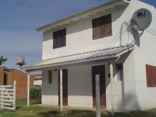 2 bedroom House with Long Term Rentals Allowed (over 1 Month) in Mar del Plata - Mar del Plata vacation rentals