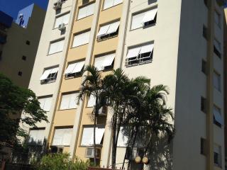 3Q Completo pronto para morar - Porto Alegre vacation rentals
