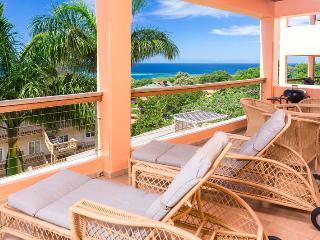 Comfortable 2 bedroom House in West Bay - West Bay vacation rentals