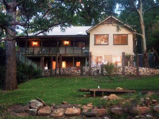 Nice Private room with Internet Access and A/C - Stanwell Tops vacation rentals