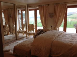 The Hideaway at Gateside - Westhill vacation rentals