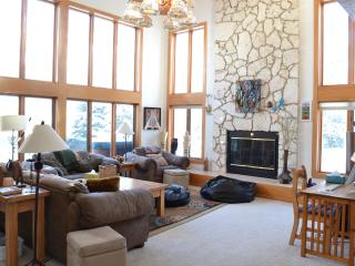 Spectacular Mountain Views in Three Bedroom House Vail, CO - Vail vacation rentals