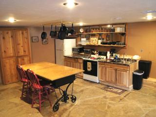 2 bedroom Guest house with Television in Durango - Durango vacation rentals