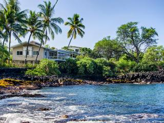 White sand beach Oceanfront SFH for 14 PL pool AC - Kailua-Kona vacation rentals