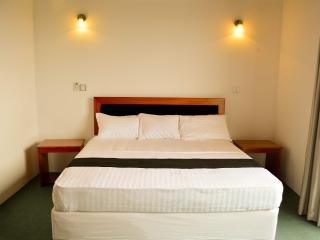 West Inn Colombo (Budget Inn) - Colombo vacation rentals