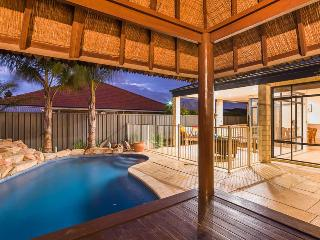 Bali Tropical Resort,  Free Loan car. - Canning Vale vacation rentals