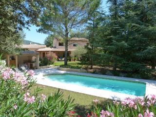 Chambre d'hôtes avec piscine dans le Luberon - Lauris vacation rentals