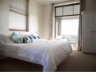 Stunning Sea View House in Pearly Beach - Pearly Beach vacation rentals