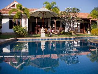 Banburi Villa - Private Pool (4 bedrooms) - Ao Nang vacation rentals