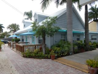 Siesta Key Vacation Rentals/The Cottages at Siesta - Siesta Key vacation rentals