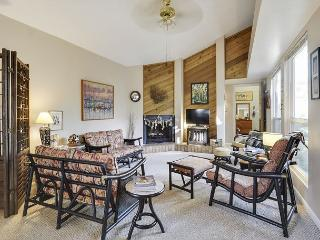 Driftwood Chic in Rockport - Sleeps 4 - Rockport vacation rentals