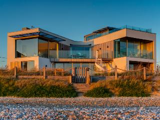 Sea Gem - Luxury Ocean-front Camber Beach House - Camber vacation rentals