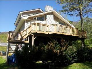 Killington- 6 Bedroom, 3 Bath, Sleeps 20+ - Killington vacation rentals