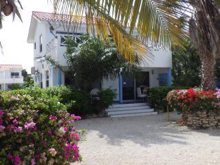 Oceanfront Beach Bungalow: Marazul 6, Westpunt - Westpunt vacation rentals
