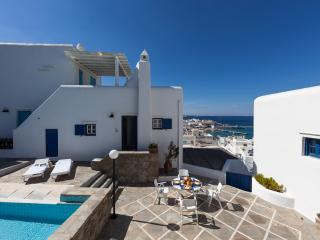 Comfortable 2 bedroom House in Mykonos Town - Mykonos Town vacation rentals