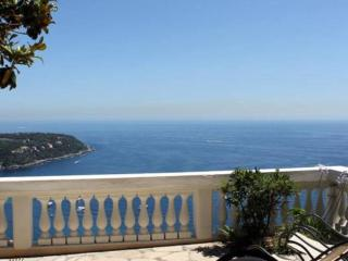 Romantic apartment with stunning sea view - Roquebrune-Cap-Martin vacation rentals