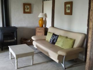 Nice Condo with Internet Access and Satellite Or Cable TV - Senouillac vacation rentals