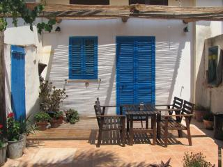 Charming cottage near sandy beach and fish village - Marzamemi vacation rentals