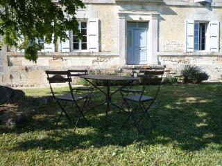 Charming House with Television and Microwave in Hiersac - Hiersac vacation rentals