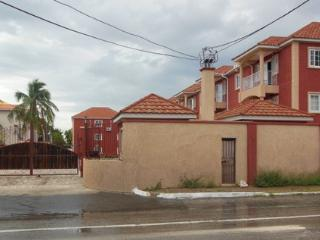 Nice Townhouse with Internet Access and Satellite Or Cable TV - Kingston vacation rentals