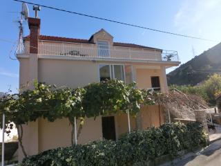 Apartment Memunić 2,Malo Selo,Hodilje,Ston - Ston vacation rentals