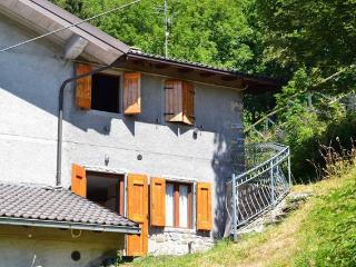 Nice Studio with Television and Mountain Views - Fiumalbo vacation rentals