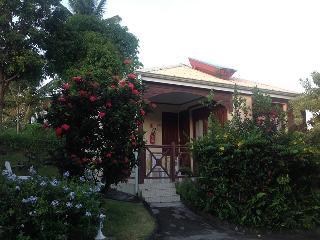 Mabouya - bungalow 2 à 4 personnes - Trois Rivieres vacation rentals
