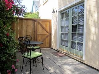 Charming studio close to beach - Santa Barbara vacation rentals