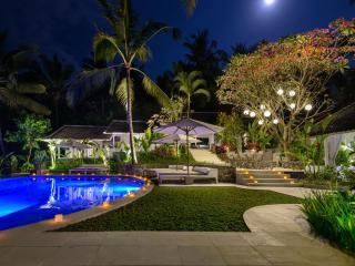 La Balian 3 to 8 Ensuite Bedrooms, Balian - Tabanan vacation rentals