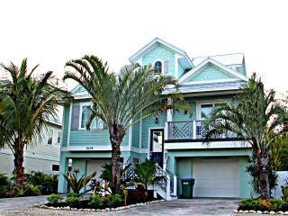 Stunning 6 Bed 5 Bath Heated Pool Spa Water Slide - Holmes Beach vacation rentals