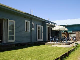 Te Kakau - Home Away from Home - Takaka vacation rentals