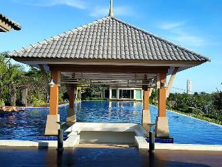Beach House, Casa Seaside, Hat Mae Rumphueng - Rayong vacation rentals