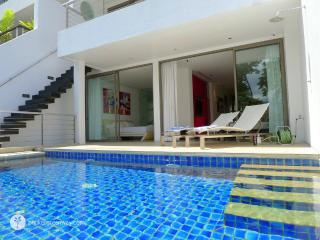 Sea view 3-bedroom villa next to night life - Patong Beach vacation rentals