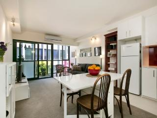 In the heart Of Melbourne - Melbourne vacation rentals