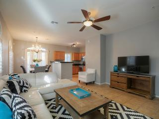 Perfect Tempe Town Home Across from Cubs Stadium - Tempe vacation rentals