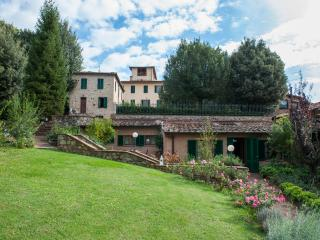 Family-Friendly Apartment Close to Siena - Terra di Siena 1 - Siena vacation rentals