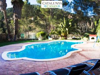 Pleasant family villa in Matadepera, located right outside of Barcelona! - Matadepera vacation rentals