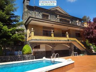 Spectacular 7-bedroom villa in Las Marinas, 40 minutes from Barcelona! - Sant Llorenc Savall vacation rentals