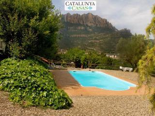 Majestic mansion in Monistrol de Montserrat with 8 spacious bedrooms for 18 guests - Monistrol de Montserrat vacation rentals