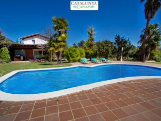 Enchanting rural Castellar for 8 guests only 35 km from Barcelona and the beach! - Barcelona vacation rentals